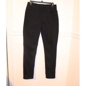 Levi's pull on leggings size 6 .